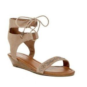 Minnetonka wedge lace up sandal